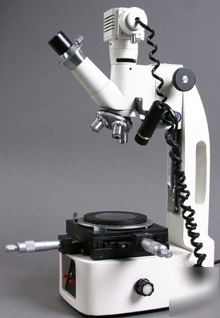 Clearance 20X-30X-50X toolmaker measuring microscope